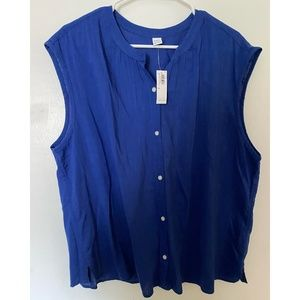 Old Navy Sleeveless Blue Button Up Size XL